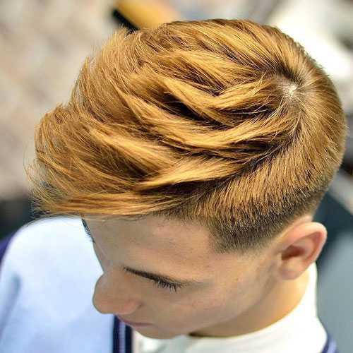 Jungen Haircuts - Low Fade mit strukturiertem Haar