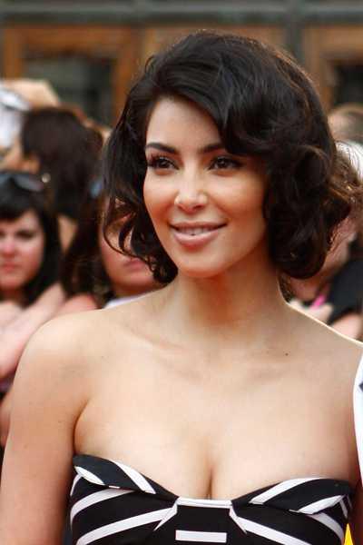 Kim Kardashian faux bob