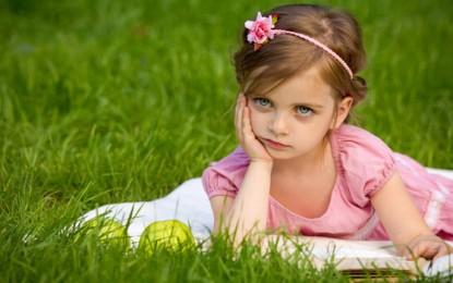 10 Best Little Mädchen Frisuren-Ideen
