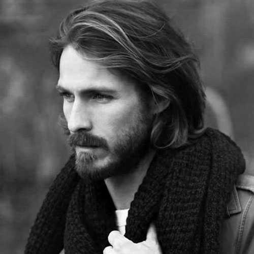 Lange Frisuren für Männer mit dicken Haaren
