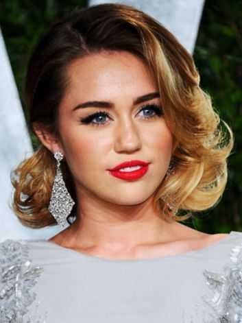 Miley Cyrus Faux bob