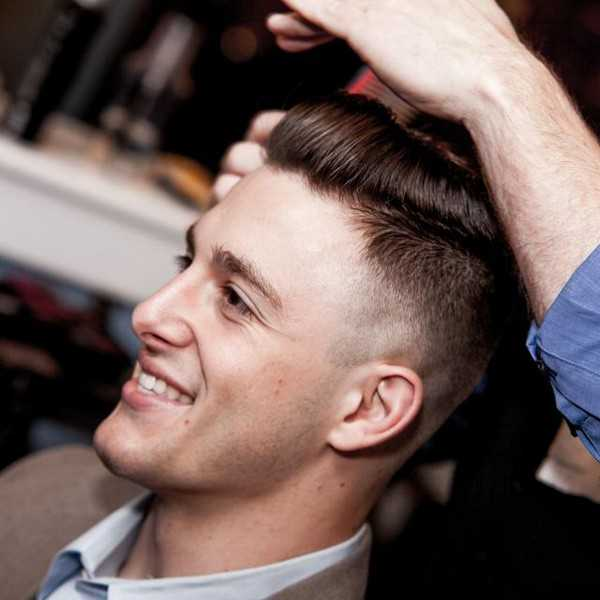 Wie man eine Pompadour Comb