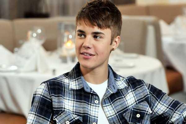Justin Bieber Tousled Frisur