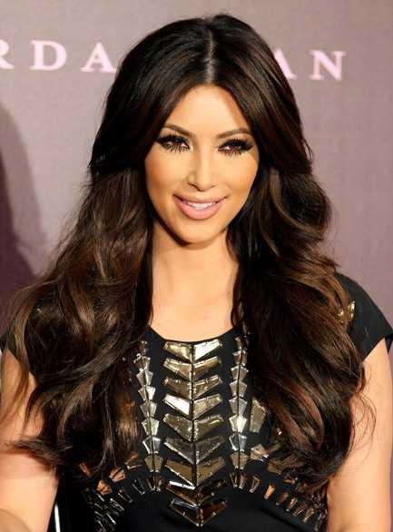 Kim Kardashian voluminöses Haar