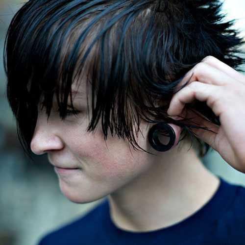 Emo Frisuren für Jungen