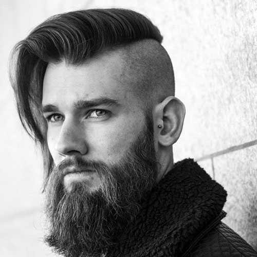 Lange Haircuts für Männer