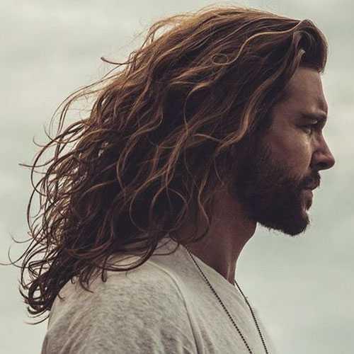 Männer lange Frisuren