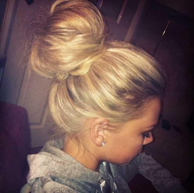 Cute-Bun-Updos für langes Haar