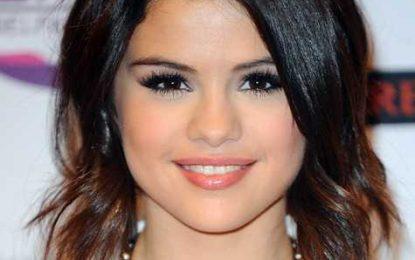 Selena Gomez Mittlere Frisuren