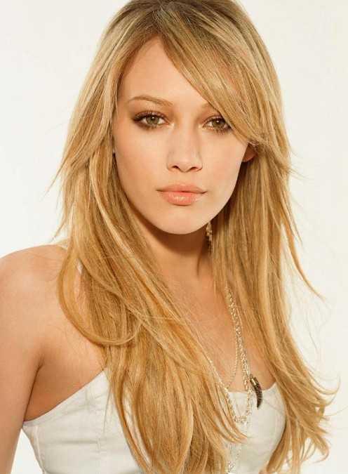 Hilary Duff Nette lange geschichtete Frisuren