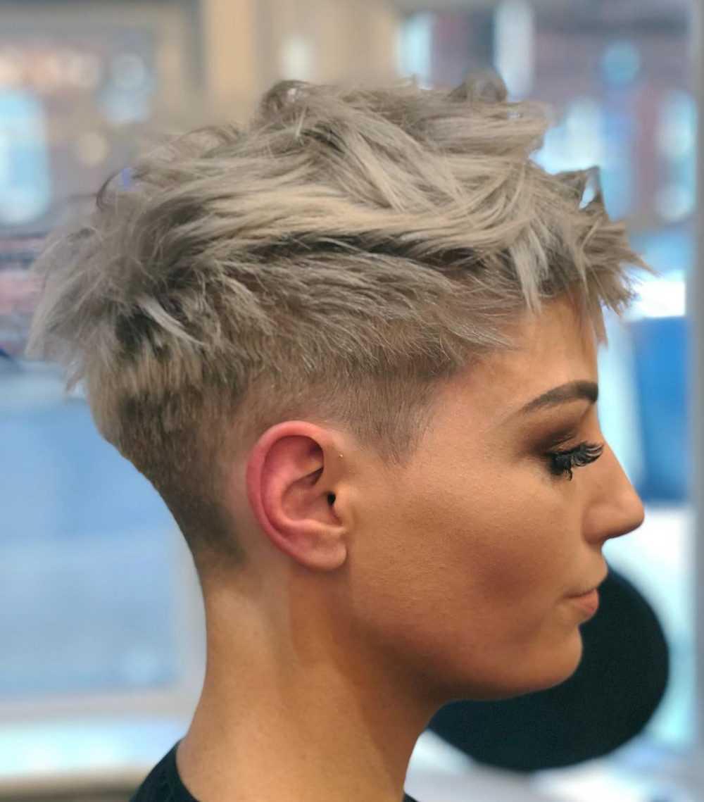 28 der besten Kurzhaarschnitte und Frisuren für dickes Haar ...