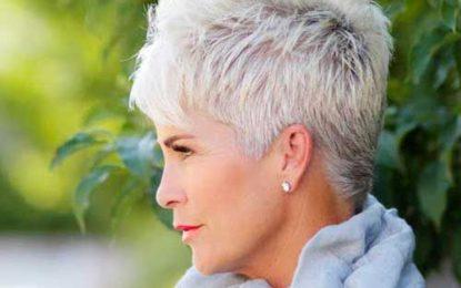 32 Schmeichelhafte Kurzhaarschnitte für ältere Frauen